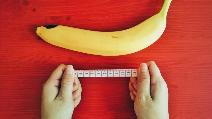 a măsurat penisul unui tip câți ani se poate ridica un penis