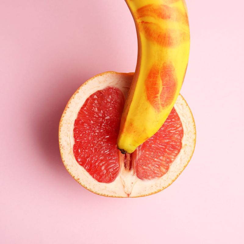 7 poziţii sexuale pentru bărbaţii cu penis mic