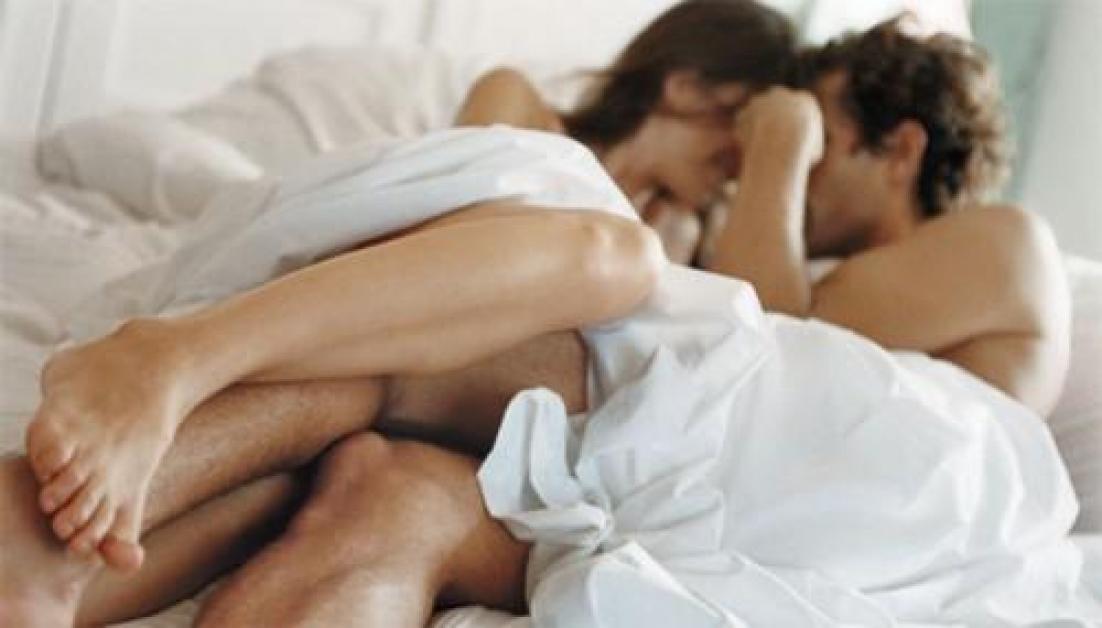 masaj al penisului și al bilelor
