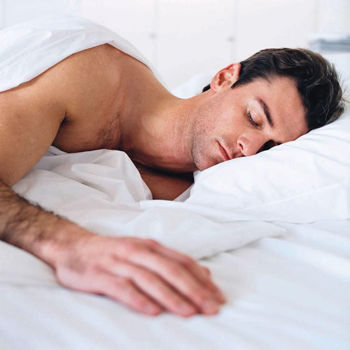 penisul mascul a trezit erecție medie de lungime masculină