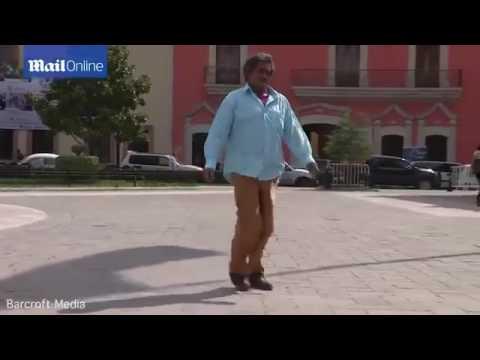 El e barbatul cu cel mai lung penis din lume! - CSID: Ce se întâmplă Doctore?