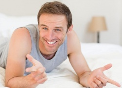 pene penis în picioare călcarea penisului